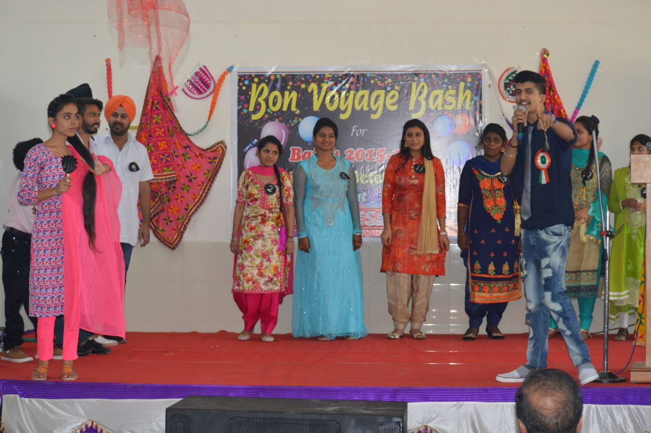 "Farewell Party ""Bon Voyage Bash"" for passing-out students. (October 13, 2017)"